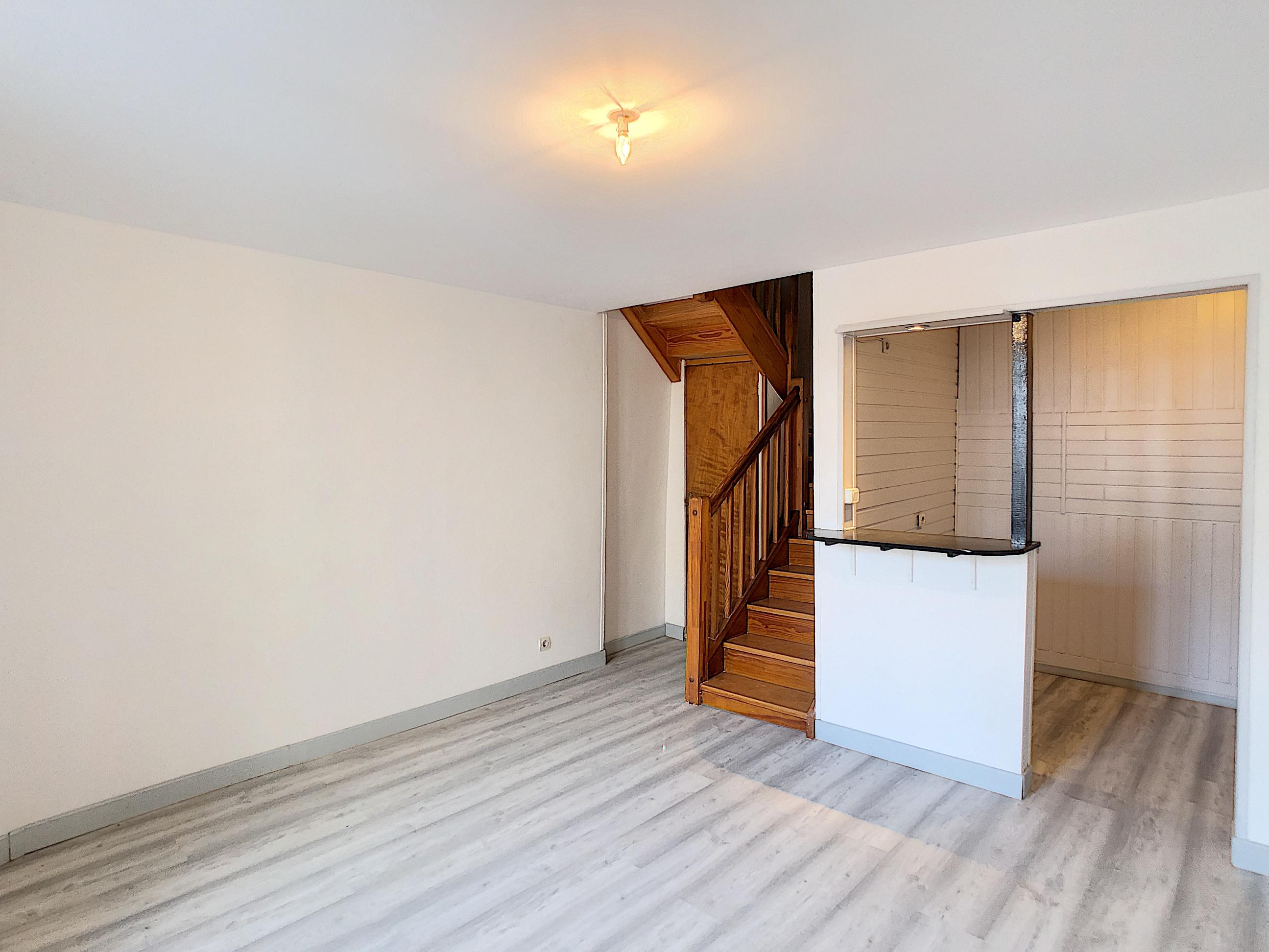 Maison mitoyenne type appartement – sans charges de copropriétés – Malzéville