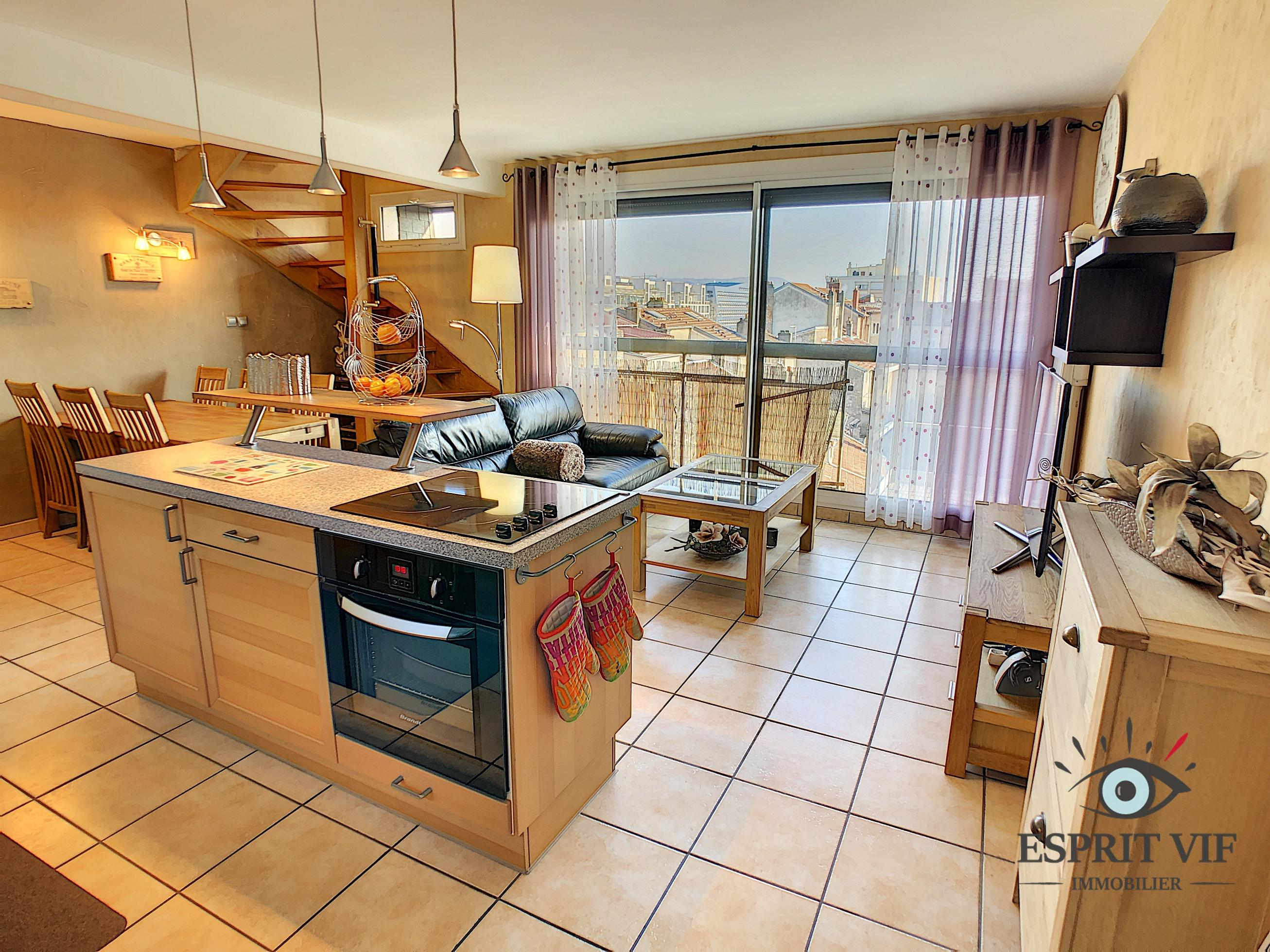 Appartement – charmant duplex + parking – Nancy